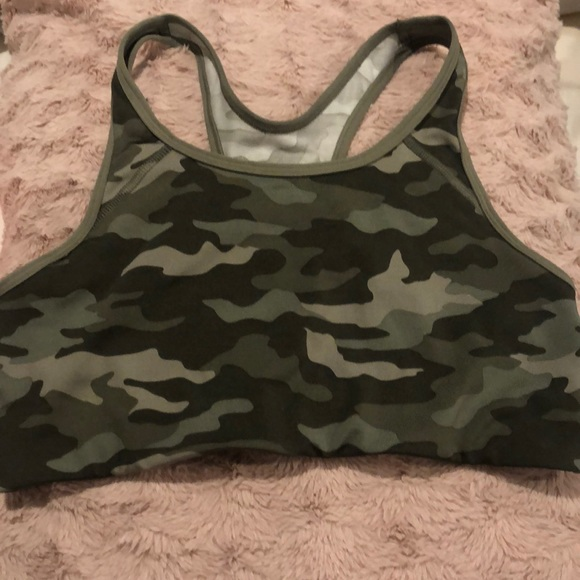 PINK Victoria's Secret Other - Camo Victoria's Secret PINK sports bra